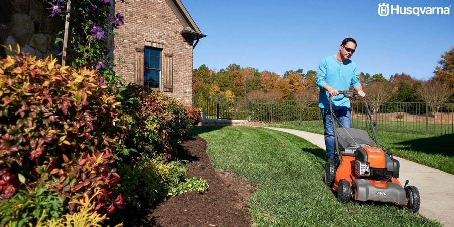 Mantenimiento y cuidado del jardín: ¿Cómo cortar el césped?
