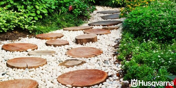 Si No Sabes Como Decorar Un Jardin Pequeno Inspirate Con Husqvarna - Jardin-con-piedras